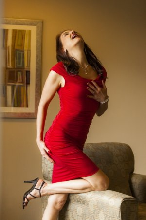 Ellinor hairy escorts Ladson, SC