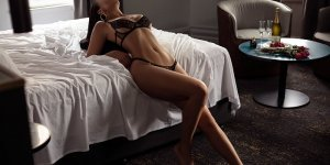Berthea escorts in Elkhorn
