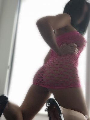 Genie party escorts Mitchellville