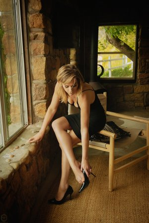 Bernadette-marie private escorts Elkhorn